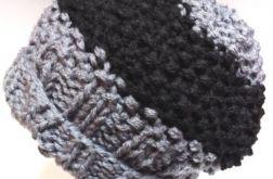 Męska czapka na drutach