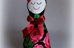 Lalka przytulanka w kwiaty.