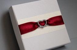 Walentynkowa elegancja w pudełku