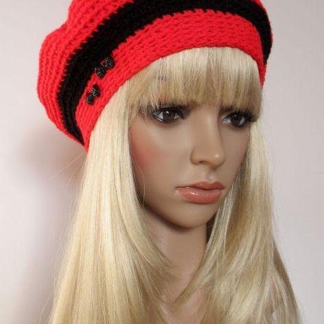 Czerwono-czarny ozdobny beret z kokardkami