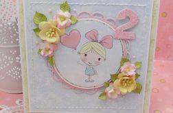 Kartka z wesołą dziewczynką -  urodzinowa