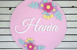 Literki imię dziecka napis w kole kwiaty