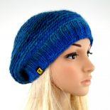 beret w błękitach