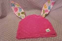 Uszasta czapka różowy królik
