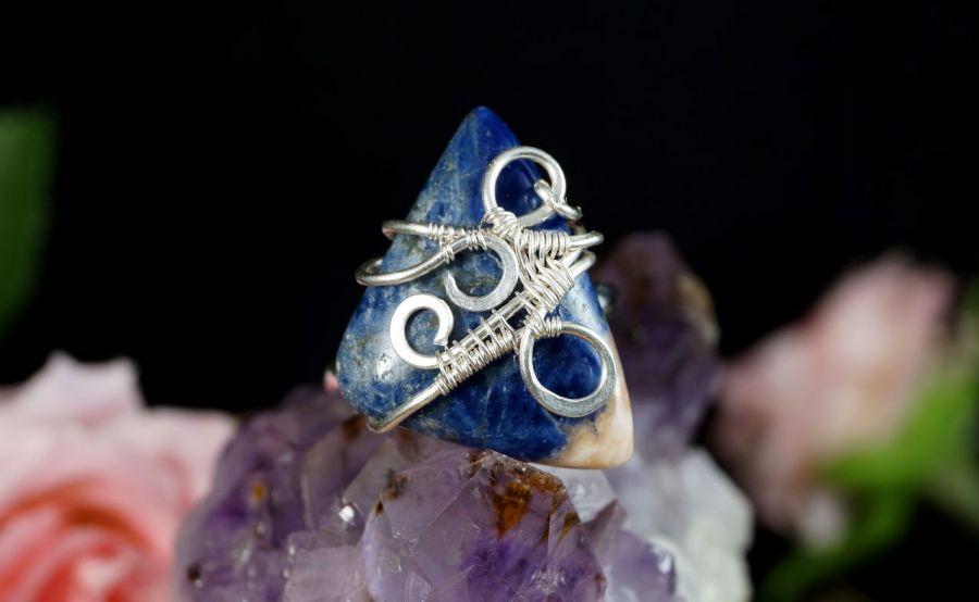 Srebrny pierścionek z sodalitem handmade - pierścionek wire wrapped