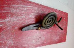 Domowy ślimak na desce