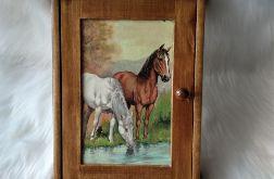 szafka na klucze dla miłośników koni