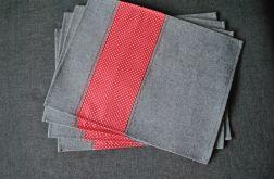 4 podkładki pod talerze -filc/czerwony dekor