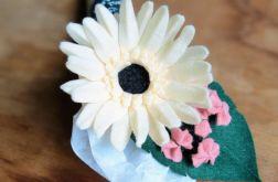 Gerbera - kwiat z filcu - biały