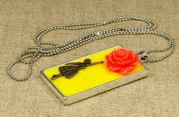 Naszyjnik baletnica i kwiat