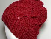 Czerwona czapka zimowa wełniana