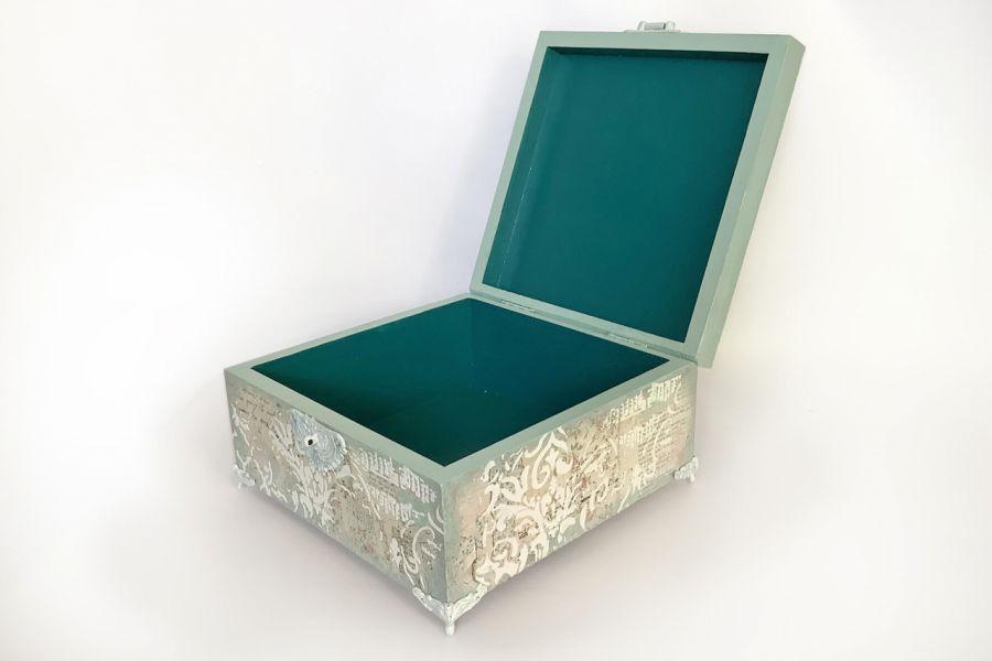 Szkatułka, pudełko vintage Alicja w Krainie Czarów -