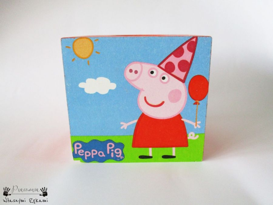 Chustecznik ze świnką Peppą