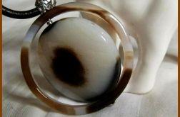 Pierścień saturna, czyli agat w aureoli