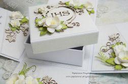 Komunijny box z pudełkiem na prezent 4