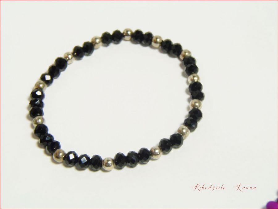 Bransoletka  czarne kryształki na gumce -