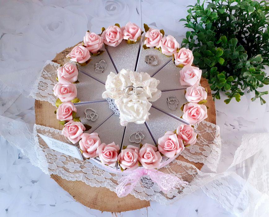 Tort papierowy na słodycze dla Pary Młodej -