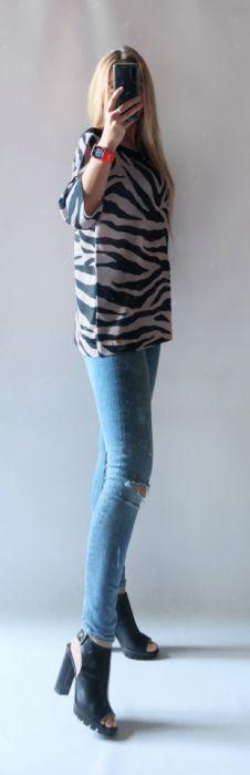 Sweter oversize zebra -
