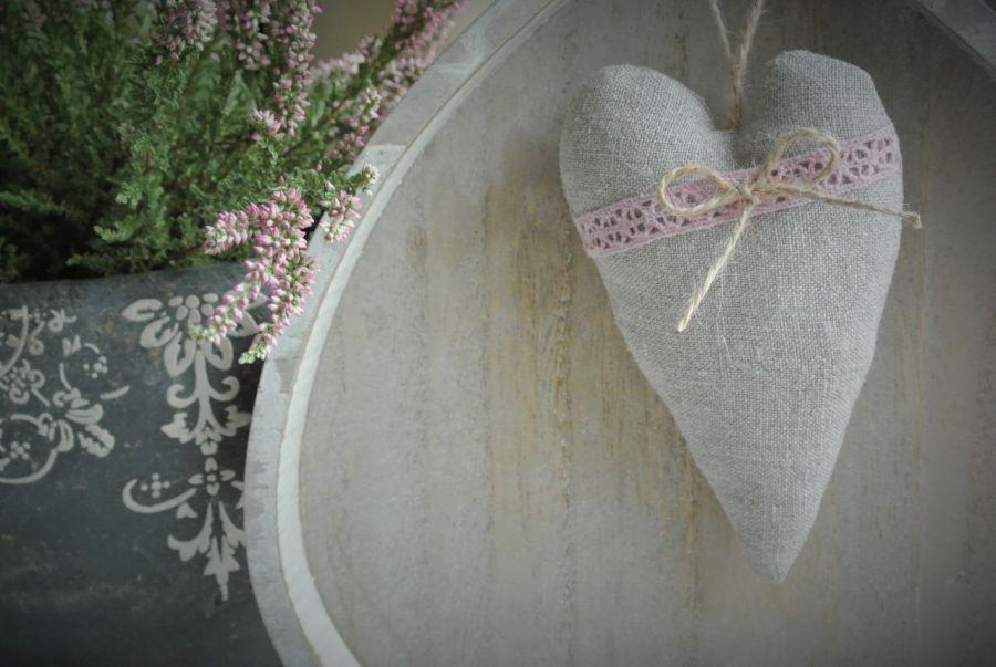 Serce lez z koronką