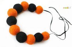 Korale z filcu pomarańczowo czarne