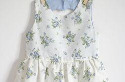 Sukienka w kwiatuszki z serduszkiem