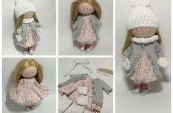 Lalka w zimowym ubraniu