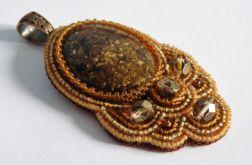 Bronzyt w barokowej oprawie