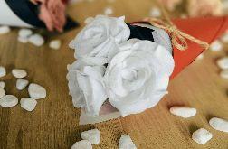 Bukiet róż z filcu - biały