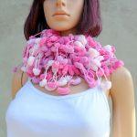pom-pom scarf -  pastelowy róż i lawenda