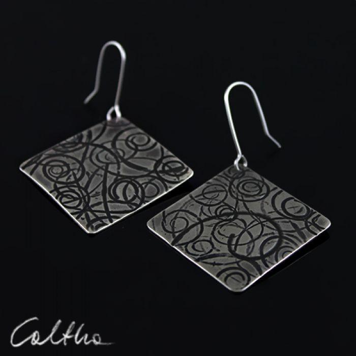 Zawijasy - metalowe kolczyki 140702-02