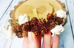 Wianek ślubny malutkie szyszki kwiaty sola