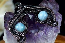 Agat, miedziane kolczyki z agatem niebieskim