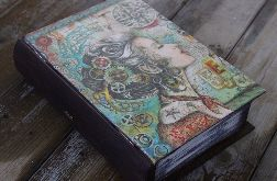 Szkatułka w kształcie książki, oryginalny motyw