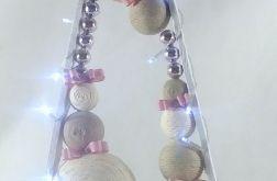 Drewniana choinka w bieli i srebrze LED