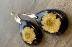 30. Kolczyki z żywicy i kwiatami srebro 925