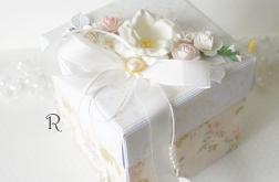 Ślubne życzenia w pudełku z perełkami n.6