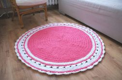 Okrągły dywanik DIY ze sznurka na szydełku