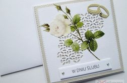 Kartka W DNIU ŚLUBU z różą