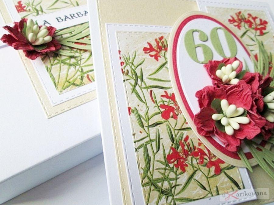 Kartka URODZINOWA kremowo-czerwona - Kremowo-czerwona kartka na urodziny z kwiatami