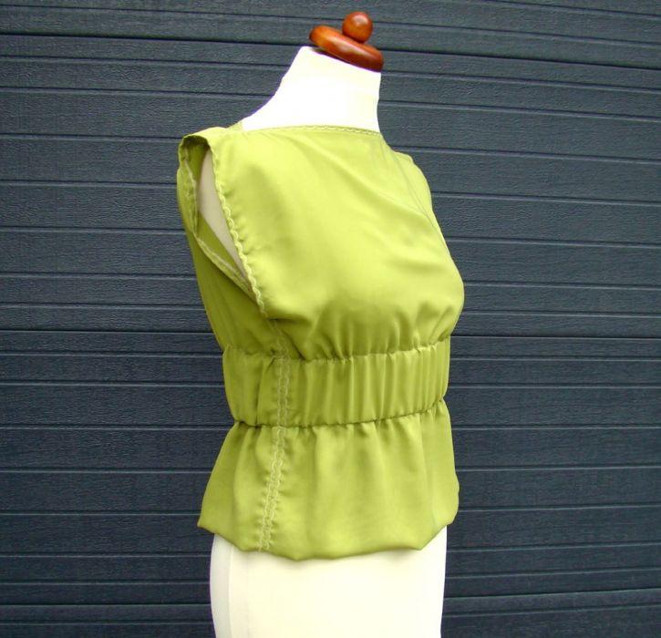 bluzka szyfonowa zielona - bok bluzki
