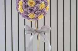 Kula z fioletowych i żółtych róż