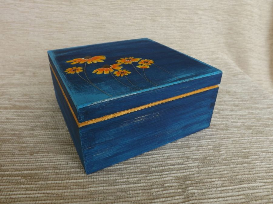 Herbaciarka kwadratowa malowana- Jeżówka - wieczko