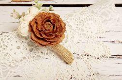 Butonierka ślubna róża cedrowa