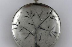 Wisior - drzewo