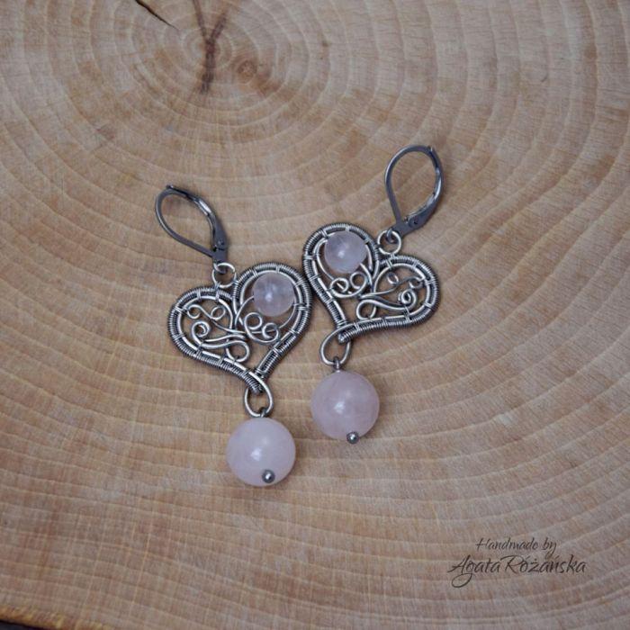 Kolczyki serca z kwarcem różowym stal  - Wykonane w pojedynczym egzemplarzu według autorskiego projektu