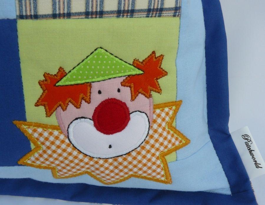 Klauny - poszewka na poduszkę -
