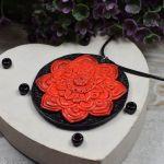 Wisiorek Czerwona Mandala - czerwony wisiorek