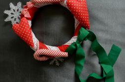 """Wianek bożonarodzeniowy """"Trzy kolory - Święta"""""""