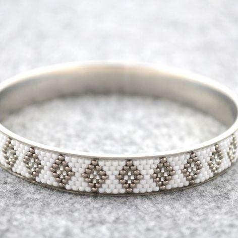 Biało-srebrna
