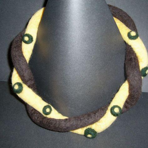 Naszyjnik filcowy - żółto brązowy